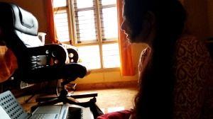 Maahi Veh Hindi Song from the bolywood movie Kaante sung by Priya PM