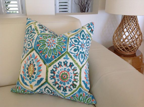 1000 Ideas About Bohemian Pillows On Pinterest Kilim