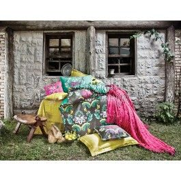 Issimo Calista - Lenjerie de pat din bumbac satinat 2 persoane - material natural bumbac 100% - tesatura satin pentru un plus de stralucire in dormitor - model floral http://www.asternuturisiprosoape.ro/issimo-calista-lenjerie-de-pat-din-bumbac-satinat-2-persoane.html