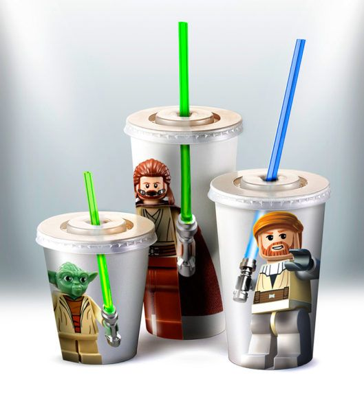'Star Wars' Cups With Lightsaber Straws Is A Great Idea