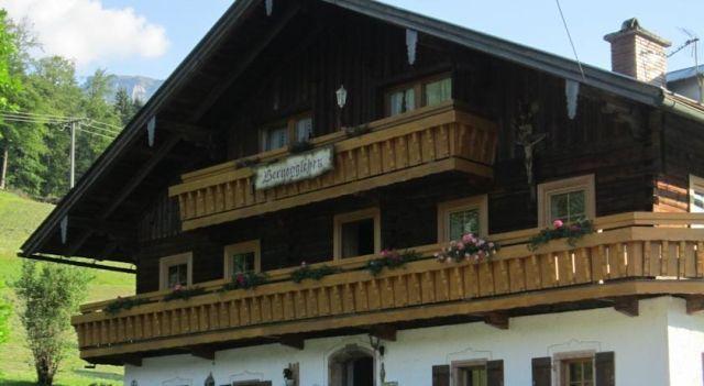 Ferienhof Bernegglehen - #Apartments - $125 - #Hotels #Germany #Berchtesgaden http://www.justigo.co.nz/hotels/germany/berchtesgaden/ferienhof-bernegglehen_201485.html