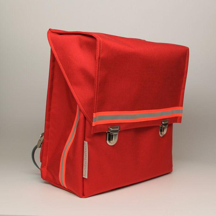 Der kundschafter®kubik schulranzen in rot ist ein schöner, schlichter und mit ca. 750 g Eigengewicht einer der leichtesten Schulranzen auf dem Markt.