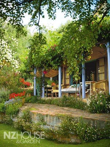 comfortable #verandah: Gardens Outdoor Spaces, Outdoor Living, Courtyards Inspiration, Backyard, Nz Porches, Vines Verandas