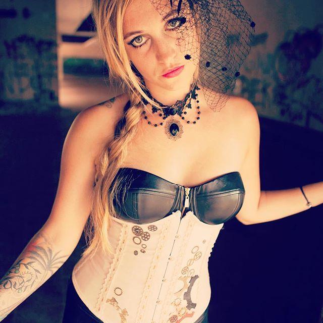 #cultuscustomcouture #couture #rosefair #steampunk #steampunkcorset #steampunkfashion #corset #corsetry #corsetlife #abandoned #abandonedplaces #photography #photo #handpainted #bali #tamanfestivalbali #indonesia #scottish #custom #order #ordernow #worldwide #costume #cosplay
