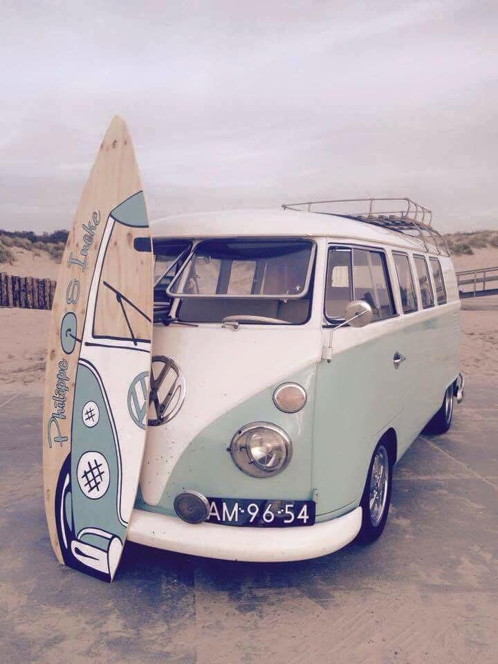 Matching surf board