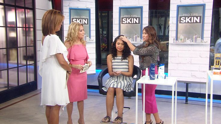 """Kathie Lee and Hoda welcome dermatologist Sandra Lee – better known as """"Dr. Pimple Popper"""" on YouTube – who shares advice on such topics as preventing dandruff (use medicated shampoo and give it time to settle into your scalp) and choosing the right product to treat your particular type of acne."""