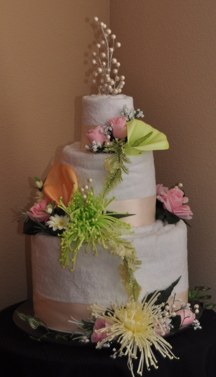 towel wedding cakes 101 best wedding towel cakes images on wedding 21113