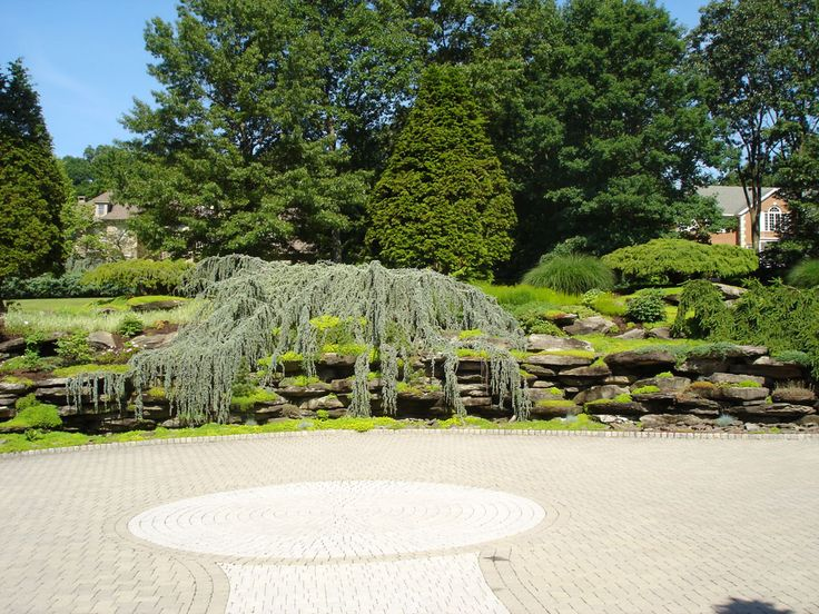 Natural rock wall with landscaping in bergen county nj for Landscaping rocks pinellas county