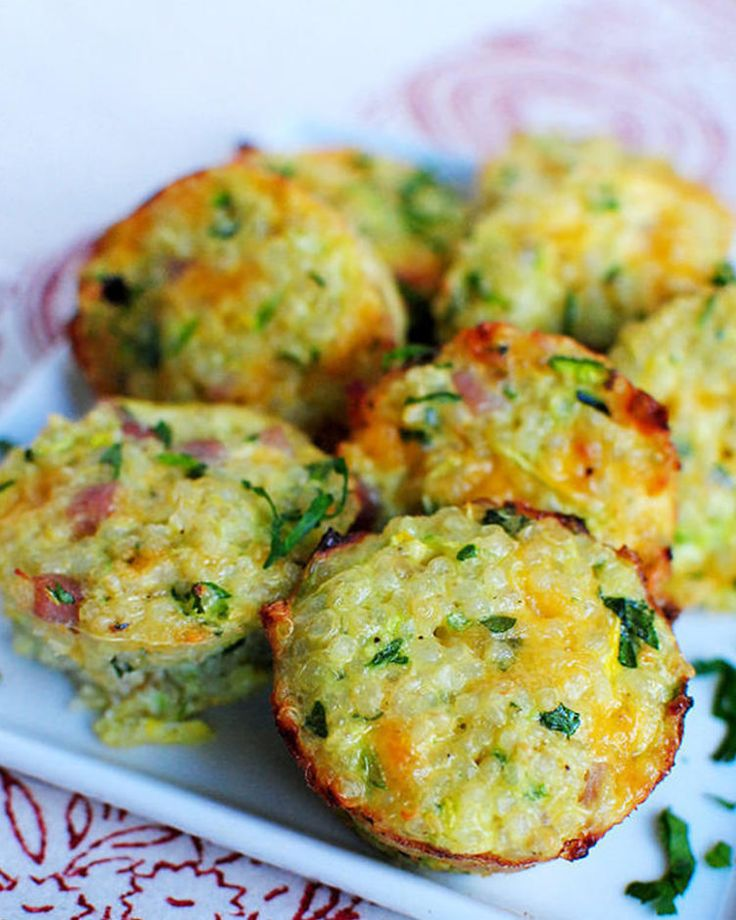 27. Ham and Cheese Quinoa Cups #healthy #breakfast #recipes http://greatist.com/health/healthy-fast-breakfast-recipes