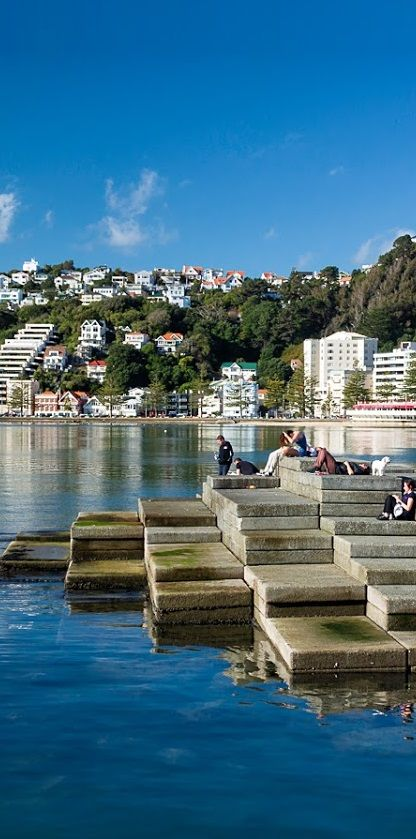 Spectacular winter's day in Wellington, best enjoyed by taking time to visit Oriental Bay - NZ