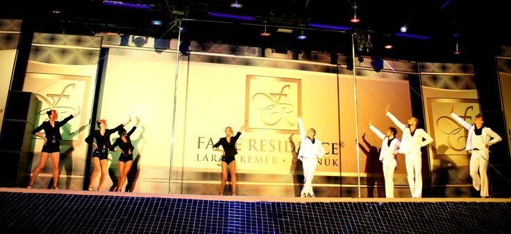 FORESIGHT ile Direk Dansı, Bale ve Akrobasi bir araya geldi.
