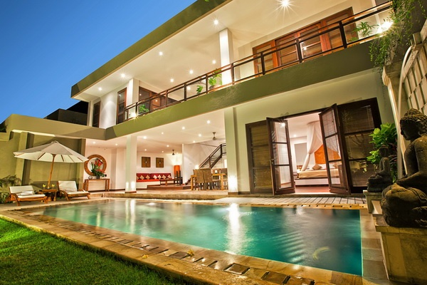 Imperial 3 Bedroom Villa Pool view
