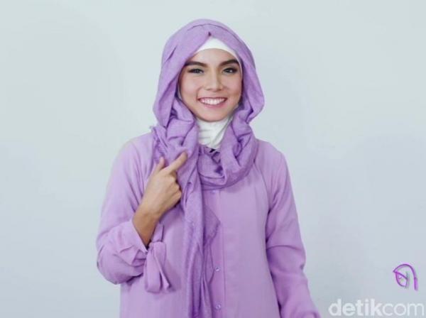 Tutorial Hijab Pashmina Ala Putri Jasmine