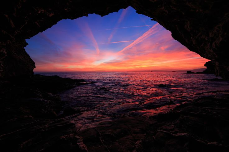 The Cave - Genoa sunset - 100% Raw - no photoshop