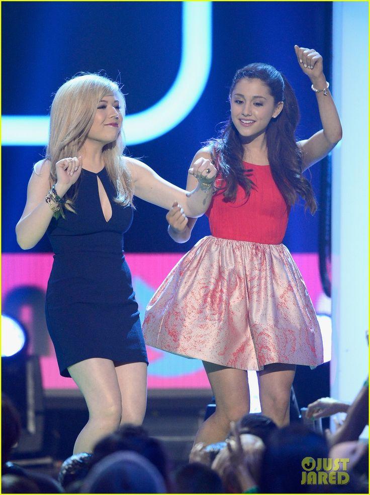 Miranda Cosgrove & Ariana Grande - Kids' Choice Awards 2013 | miranda cosgrove ariana grande kids choice awards 2013 03 - Photo Gallery | Just Jared
