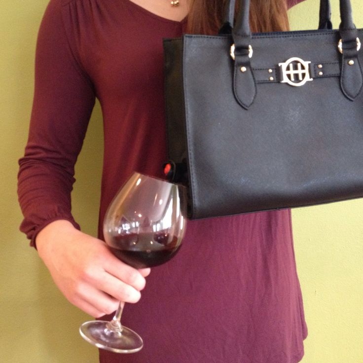 Navy Wine Purse Serves 3 or 5 Liter Bag of Wine by WinePurses