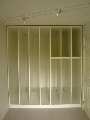 Storage for paintings, screens, woodblocks