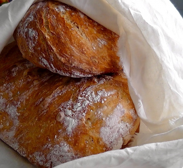 Easy artisan bread! #artisan #bread #vegan: Crock Pot, Artisian Bread, Artisan Bread, Crockpot, Food, Breads