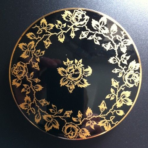 Lovely Classy 50's / 60's Stratton Compact!