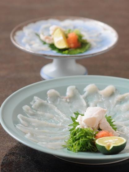 Japanese Fugu (blowfish) sashimi ふぐ刺し