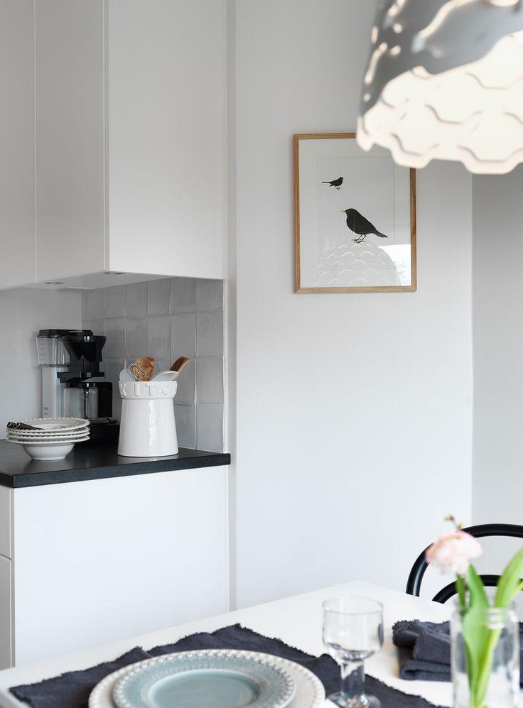 KÖK - Mocca Master kaffebryggare, fint porslin, stämmingsfull tavla & belysning