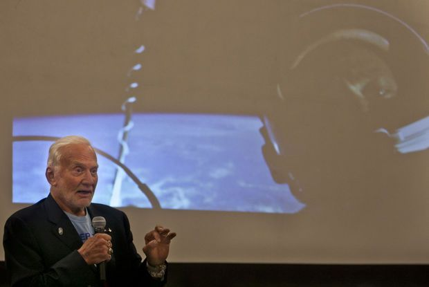 Buzz Aldrin presenting to SD School of Mines alumni and GEAR UP students. He also had a book signing at the Rushmore Mall on Saturday.