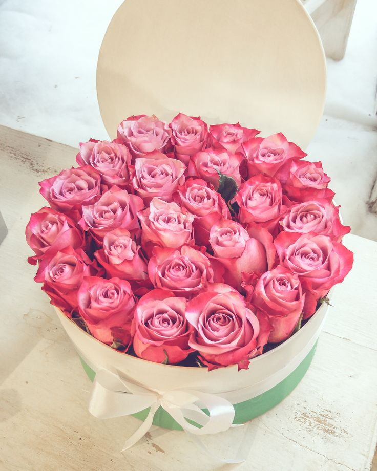 Roses in a box by DIFIORI / Rózsadoboz
