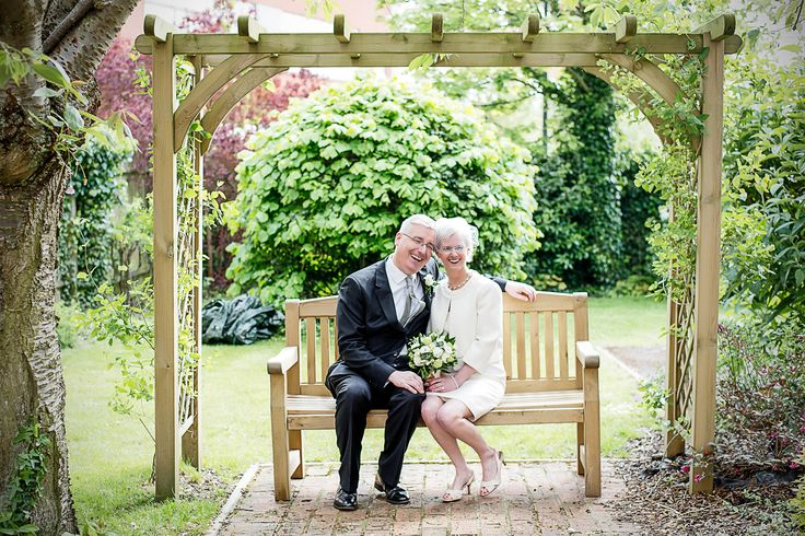 Kk And Dan S Wedding At Watford Registry Office Sarah Elliott Is A Portrait Photographer Based In Hertfordshire