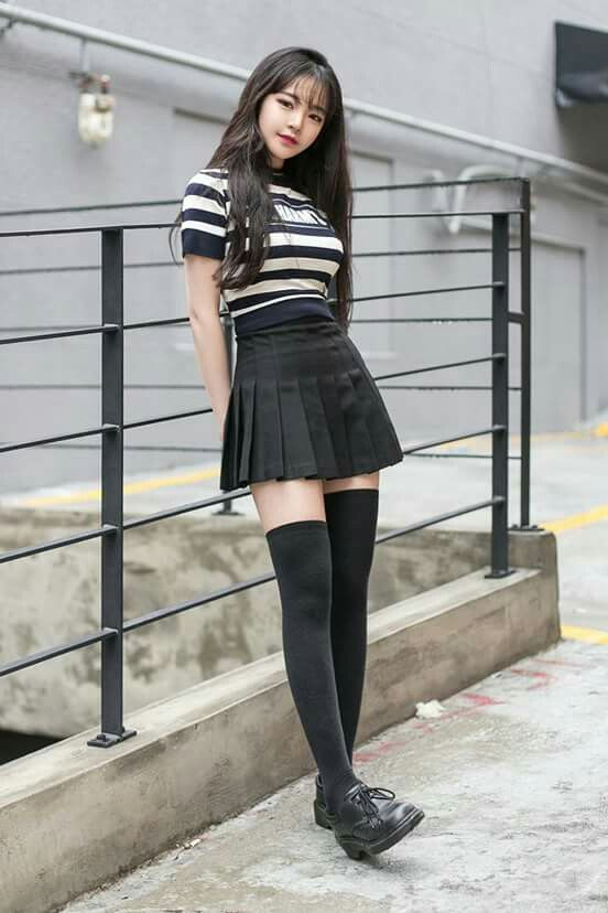 Black ulzzang outfit