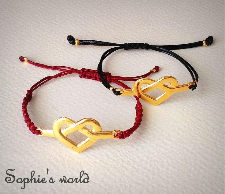 βραχιόλια μακραμέ με καρδιές #bracelets #handmade  #makrame #hearts #lovegifts https://www.facebook.com/SophiesworldHandmade/
