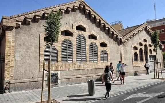 Patrimonio Industrial Arquitectónico: Las naves de Séneca serán un museo sobre la Guerra...