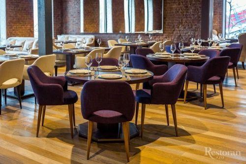 Дизайнерские стулья для кафе бренда DEEP HOUSE