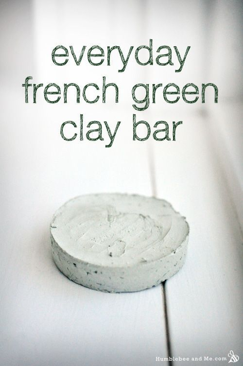 """Everyday French Green Clay Bar - lightweight mask in """"soap"""" form"""