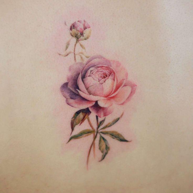 Tatoueur Doy, tatouage aquarelle style auteurs, minimaliste | Corée   – Minimalist Tattoos Style