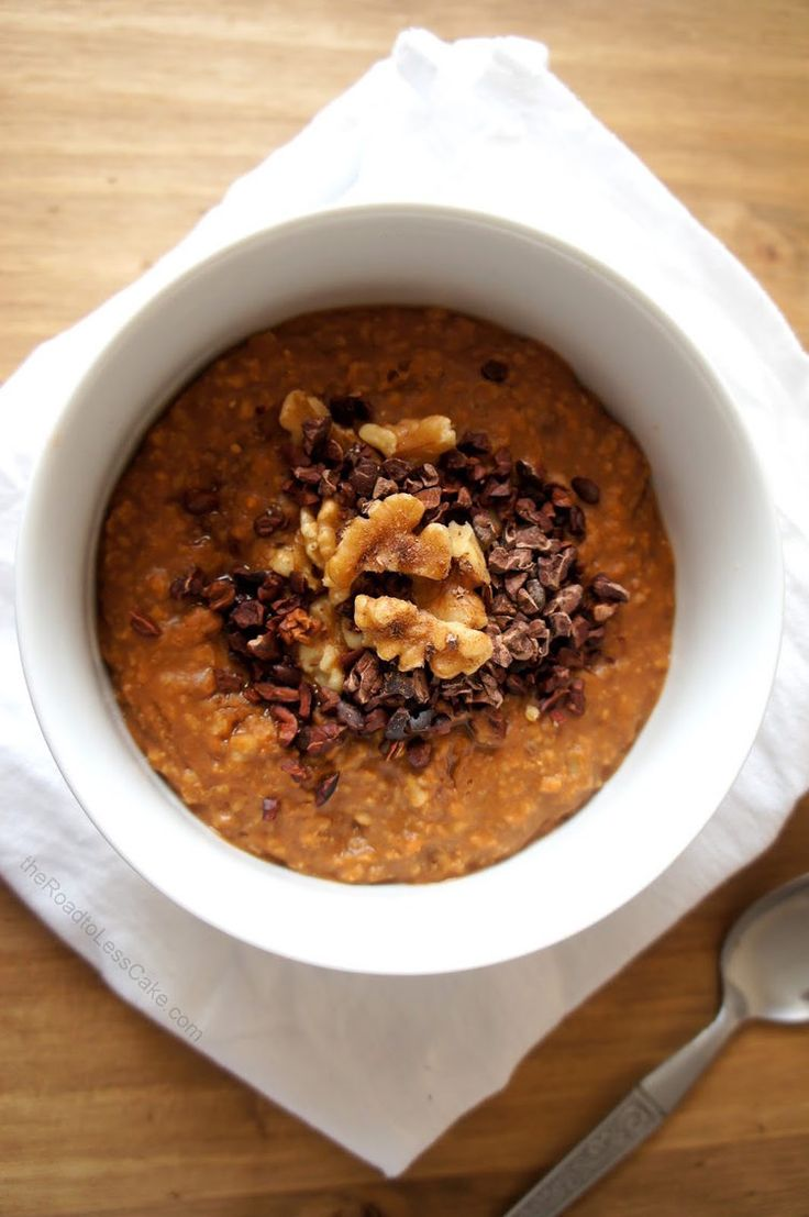 18. Chocolate Pumpkin Oatmeal  #healthy #breakfast #recipes http://greatist.com/health/healthy-fast-breakfast-recipes