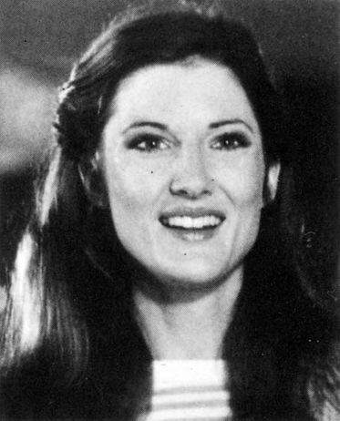 Annette O'Toole, love that face... I love that face too >>>> أحب هذا الوجه أيضا