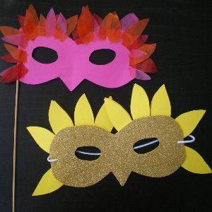 Mascaras - simple y elegante antifaz en forma de pájaro, máscaras hechos a mano, manualidades con fotos y instrucciones paso a paso.
