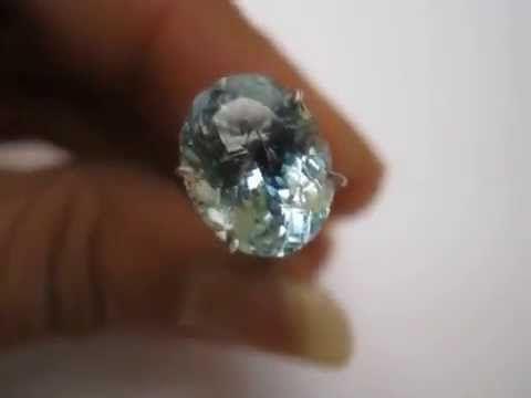 Batu Permata Natural Light Blue Aquamarine Oval Cut 2.85 carat
