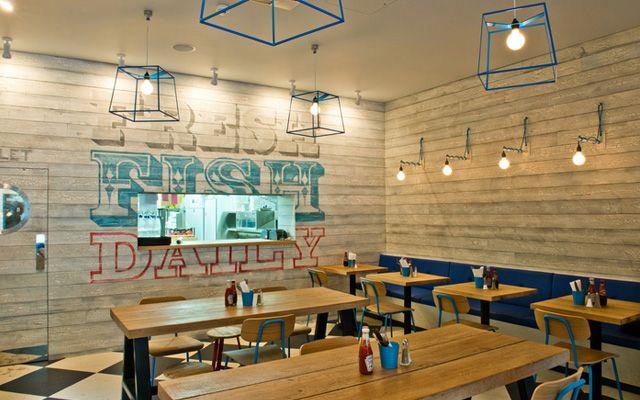 Mejores bares y restaurantes de dise o restaurantes peque os pinterest bar dise o del - Como decorar un bar pequeno ...