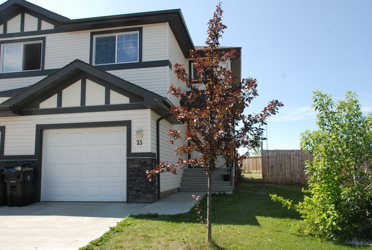 3 bed, 2.5 bath 2 storey in Harvest Ridge area of Spruce Grove! Call/Text Roger Hawryluk at 780-264-8580  for details.