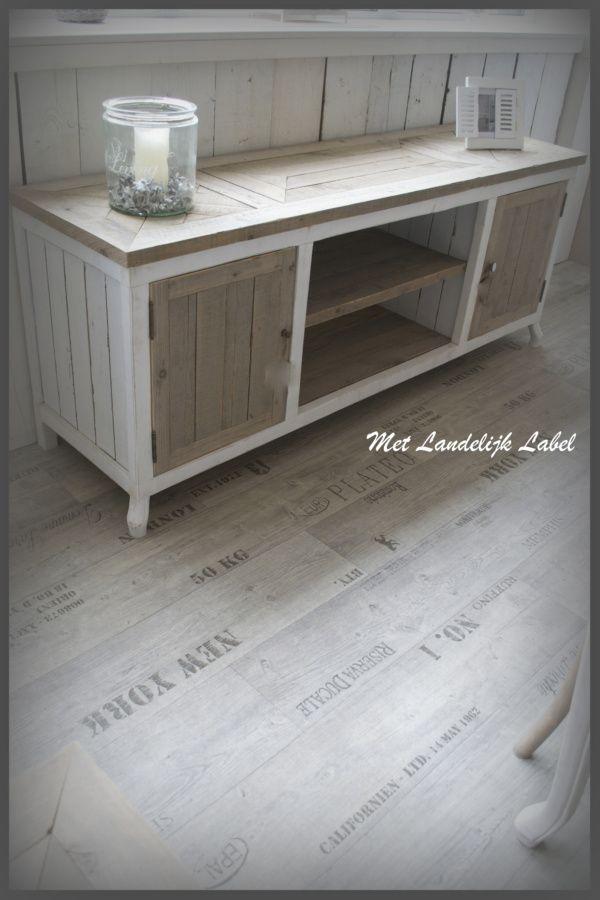 17 beste idee n over oude tv kasten op pinterest opnieuw inrichten meubilair makeover en - Oude meubilair dressoir ...