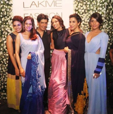 Bollywood's favourite designer was also joined by  #DeepikaPadukone #Kajol #JacquelineFernandez and #Sridevi #ManishMalhotra #LFW15