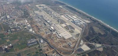 IAG anuncia vuelos de largo radio a bajo coste desde El Prat