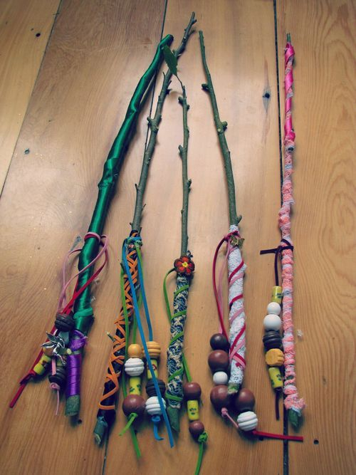 use twigs to create these wands, wrap string around