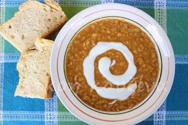 μικρή κουζίνα: Κόκκινες φακές σούπα με τζίντζερ και κύμινο