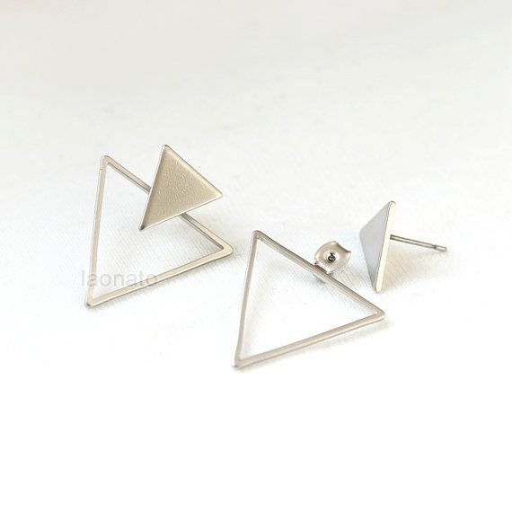 ★★Description★★  Dimension: front triangle - 12 x 13 mm / back triangle - 25 x 20 mm Material: plated brass  You can combine them with almost any stud earring.  To see more of Laonatos collection? Please click on: http://www.laonato.etsy.com  *****Please see my policies section for shipping and return information.***** Feel free to contact me with any questions or requests! Thanks for looking. :)