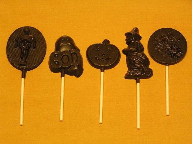 halloween candy pops from amandas own confections are peanut free tree nut