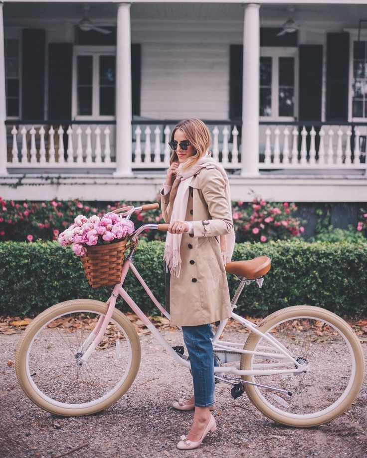 Bundled up bike rides around the hood up on galmeetsglam.com (this was a few days ago when it was actually cold!) Also do all Whole Foods have amazing peonies right now or is it just ours?! #winterstyle #bikerides #peonies