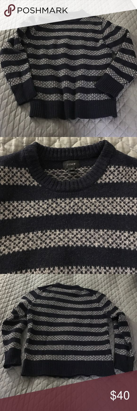J.Crew Men's Wool Sweater Really warm and awesome J.Crew sweater made of 100% lambs wool. Only worn a handful of times, in great shape with no piling! J. Crew Sweaters Crewneck