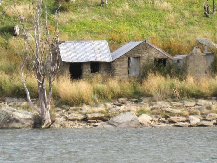 Roxburgh Gorge, Central Otago http://www.centralotagonz.com/Coming-Soon/Roxburgh-Gorge-Trail